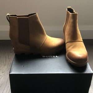 NEW Joan of Arctic II Waterproof Wedge Bootie